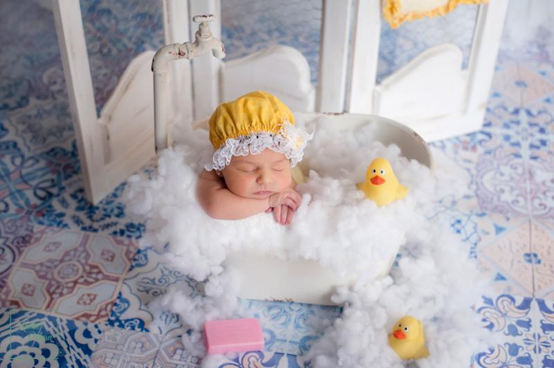 fotógrafos recién nacido Valencia,fotos recien nacidos Valencia,fotos de bebes recien nacidos de estudio,reportajes embarazo,pre mama valencia,sesion recien nacido-fotografos-boda-valencia,fotos comunion ,fotografos comunion valencia