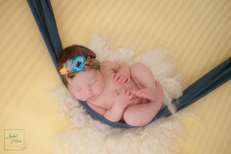 Sesión de fotos de bebes recien nacidos en Valencia, fotografía newborn en Valencia. FOTOGRAFIA-NEWBORN-RECIEN-NACIDO-BEBES-VALENCIA
